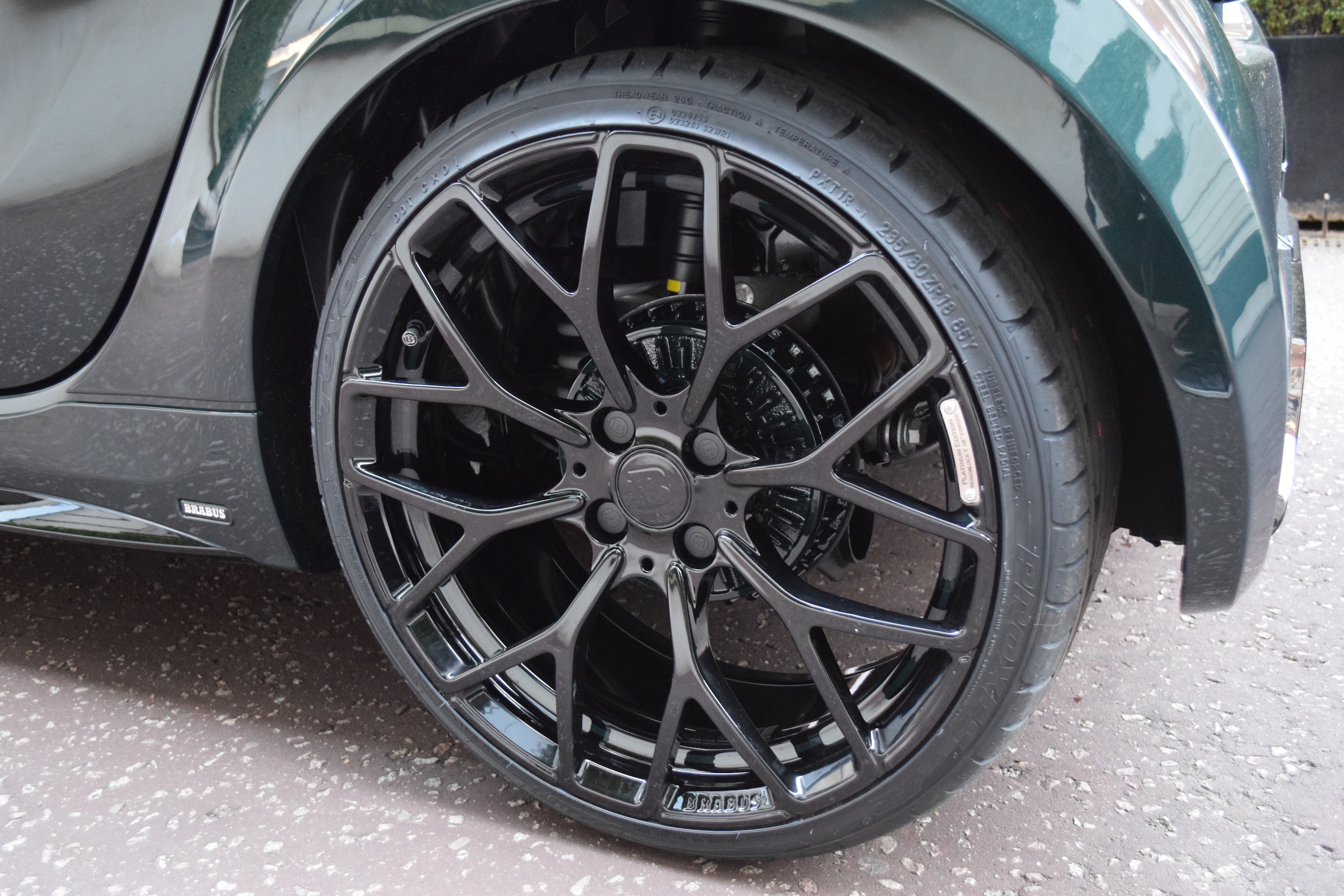 Brabus Ultimate 125 The One And Only Rhd Green Bob
