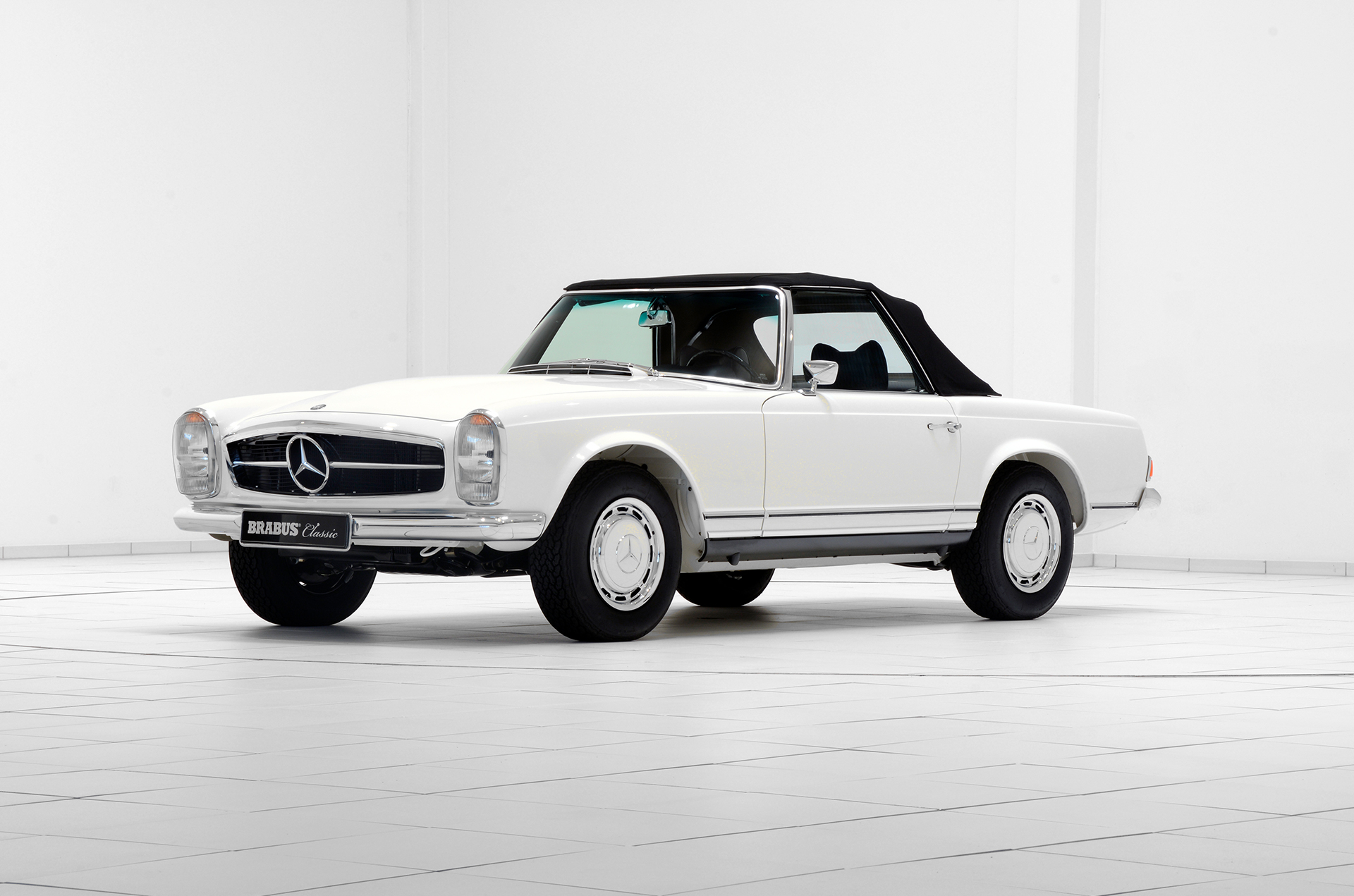 Brabus Classic – 280SL Pagoda – white with black interior