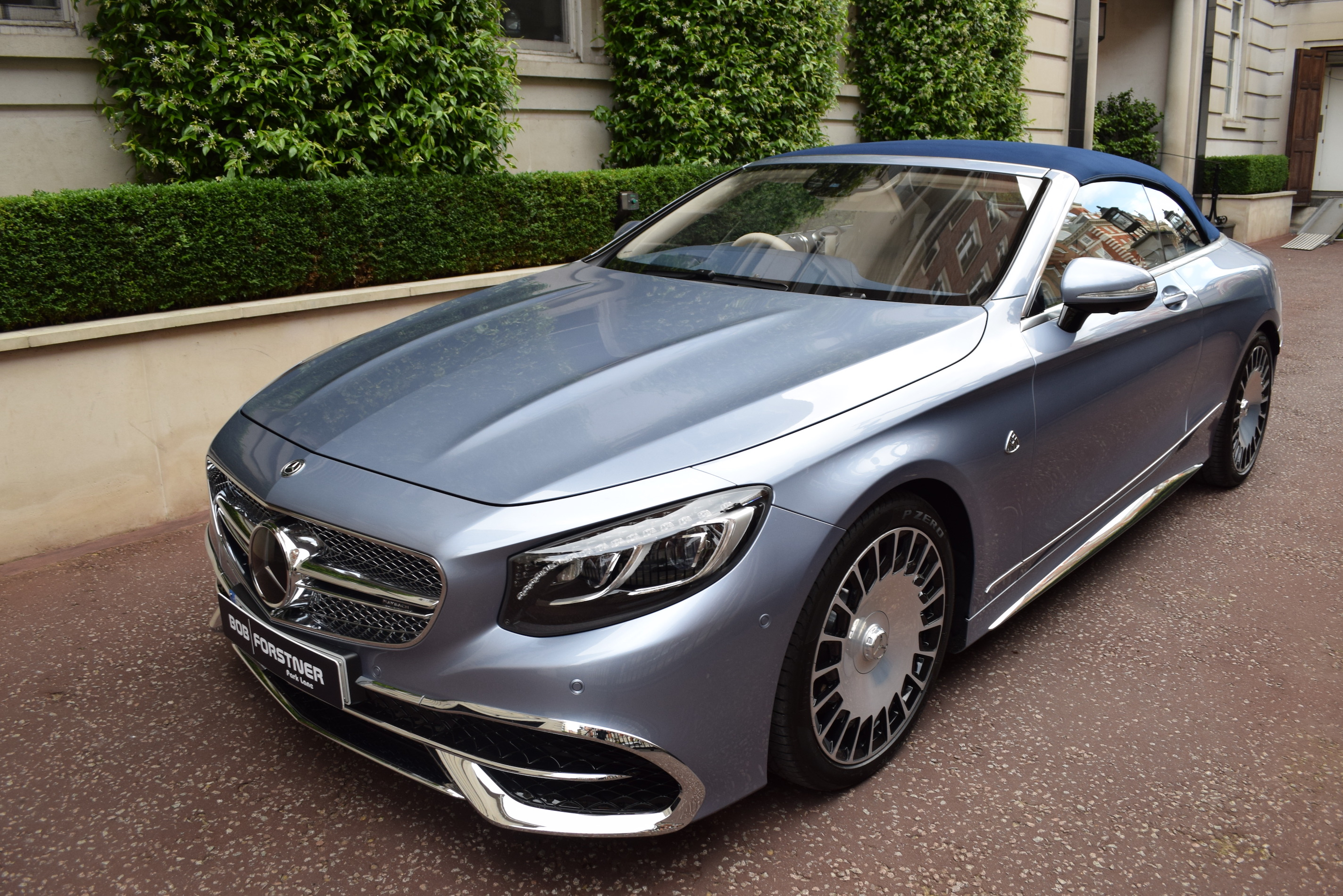 Maybach S650 Convertible (RHD) – 1 of 300 – Light Côte d'Azur Blue