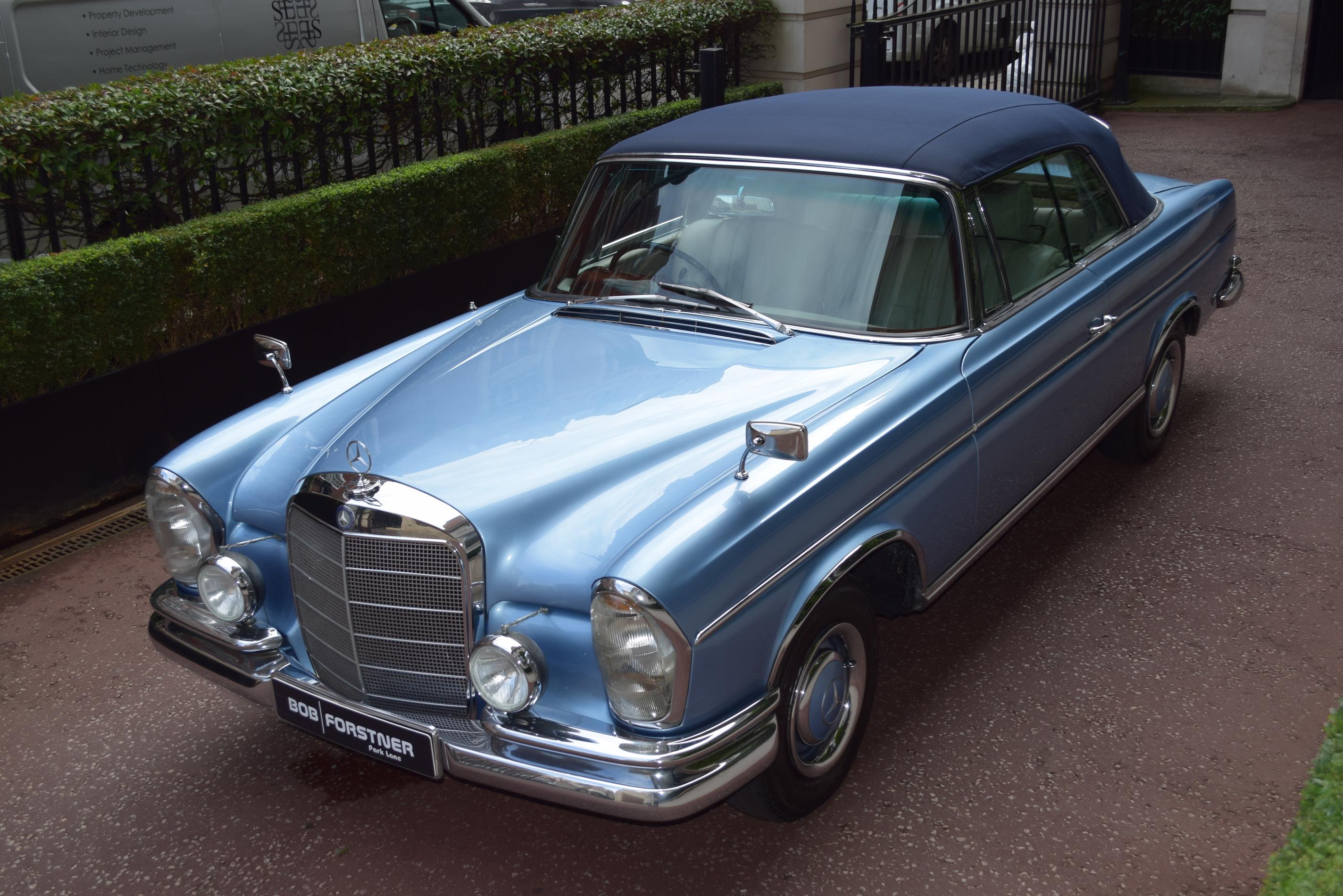 """""""Herman"""" – 1965 Mercedes W112 300 SE Cabriolet"""