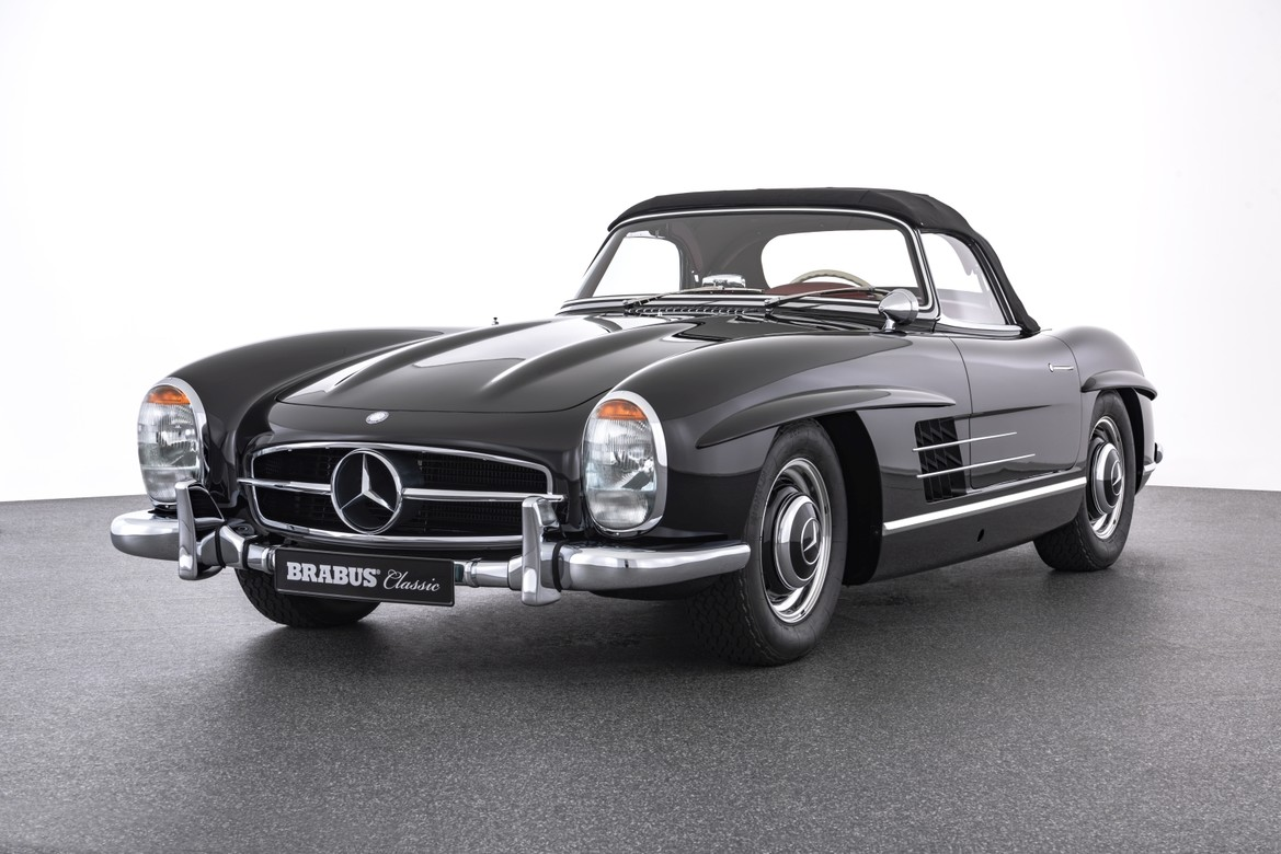BRABUS Classic – (1958) 300 SL ROADSTER – black with red interior
